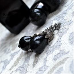 Серьги Black queen