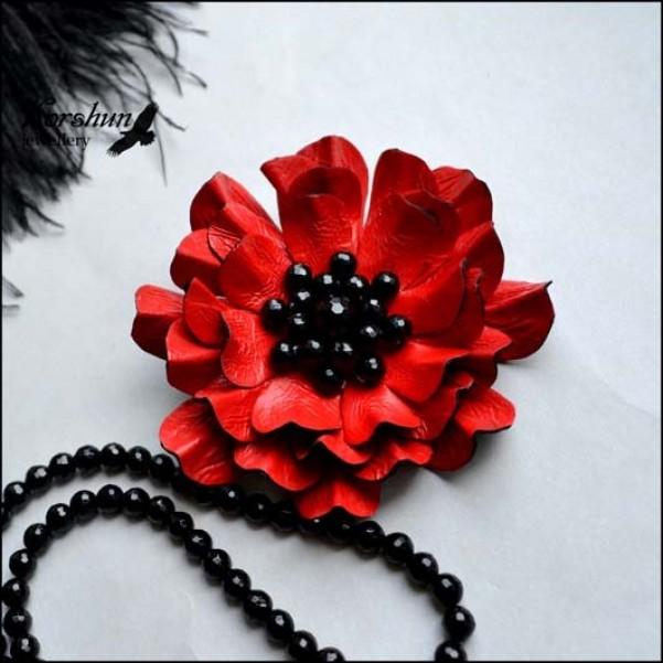 Брошь Красный цветок: Агат, Мельхиор, Кожа