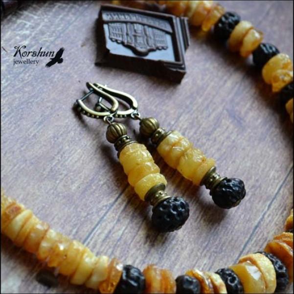 Серьги Мед и шоколад: Янтарь, Латунь, Экзотические семена