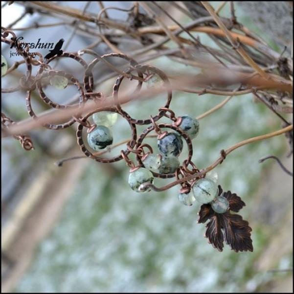 Колье Зеленый виноград: Пренит, Медь,